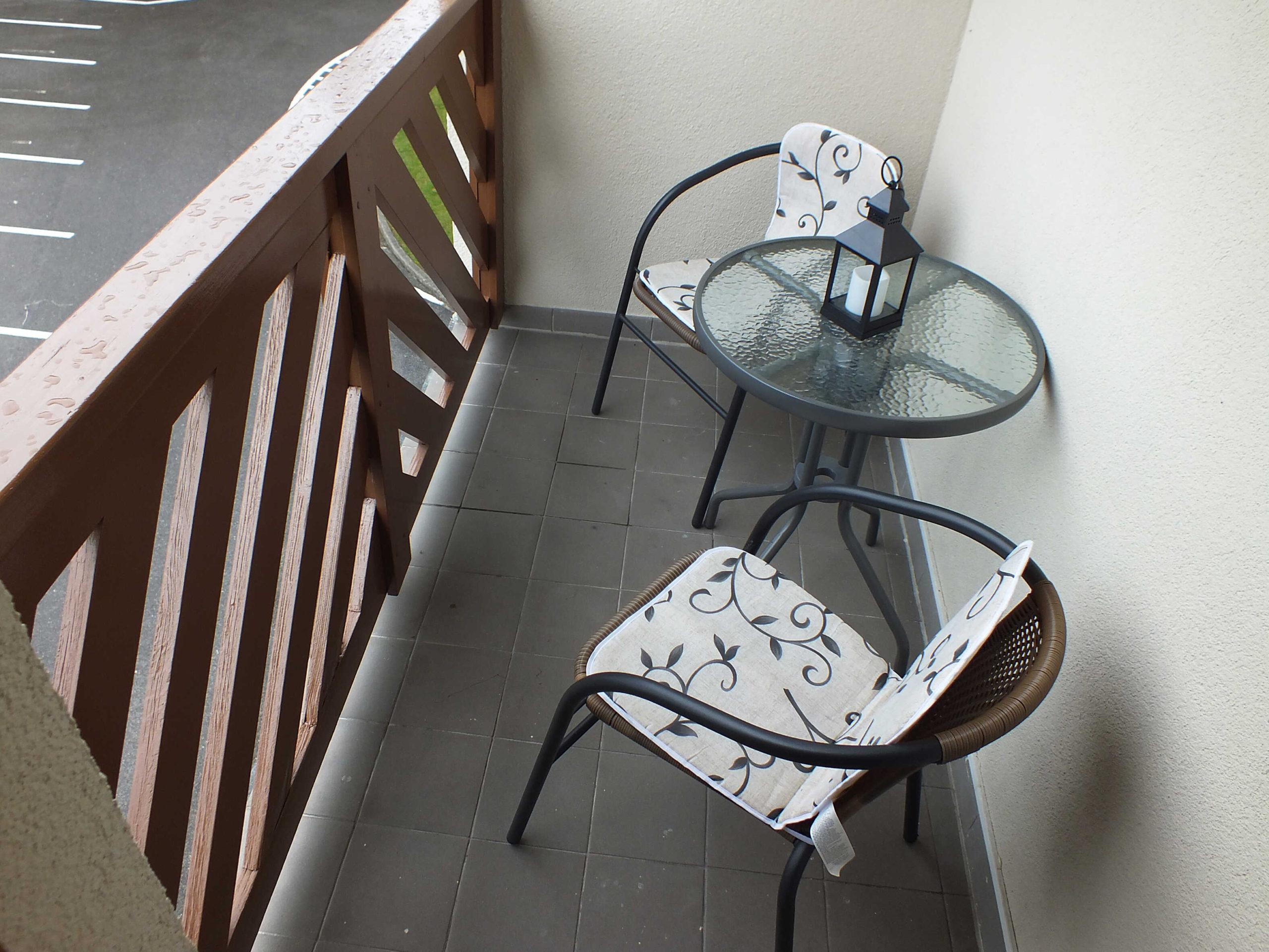 1618487385-balkon-scaled.jpg