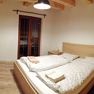 1618318372-Apartment-Sina-Bed-Room-01.jpg