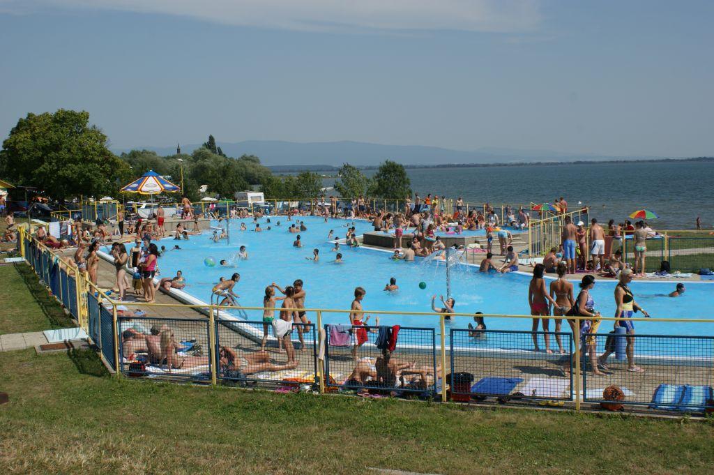 Foto: Rekreačný bazén - Klokočov